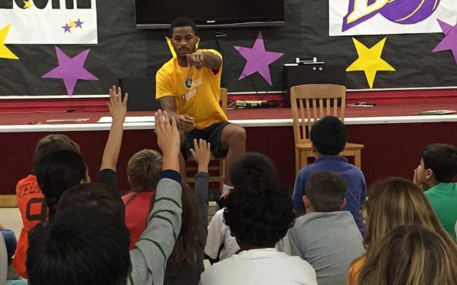 D-Fenders Visit Carr Elementary