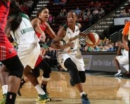 SEATTLE, WA - AUGUST 30: Jewell Loyd #24 of the Seattle Storm handles the ball against the Washington Mystics on August 30, 2015 at Key Arena in Seattle, Washington. NOTE TO USER: User expressly acknowledges and agrees that, by downloading and/or using this Photograph, user is consenting to the terms and conditions of Getty Images License Agreement. Mandatory Copyright Notice: Copyright 2015 NBAE (Photo by Joshua Huston/NBAE via Getty Images)
