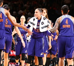 NEW YORK, NY - JUNE 26:  Diana Taurasi #3 of the Phoenix Mercury shakes hands with teammates before the game against the New York Liberty on June 26, 2016 at Madison Square Garden in New York, New York. NOTE TO USER: User expressly acknowledges and agrees that, by downloading and or using this photograph, User is consenting to the terms and conditions of the Getty Images License Agreement. Mandatory Copyright Notice: Copyright 2016 NBAE (Photo by Nathaniel S. Butler/NBAE via Getty Images)
