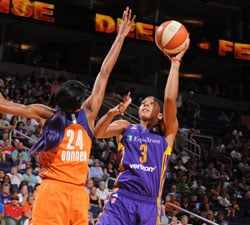 PHOENIX, AZ - AUGUST 28:  Candace Parker #3 of the Los Angeles Sparks shoots against DeWanna Bonner #24 of the Phoenix Mercury on August 28, 2016 at Talking Stick Resort Arena in Phoenix, Arizona. NOTE TO USER: User expressly acknowledges and agrees that, by downloading and or using this photograph, user is consenting to the terms and conditions of the Getty Images License Agreement. Mandatory Copyright Notice: Copyright 2016 NBAE (Photo by Barry Gossage/NBAE via Getty Images)
