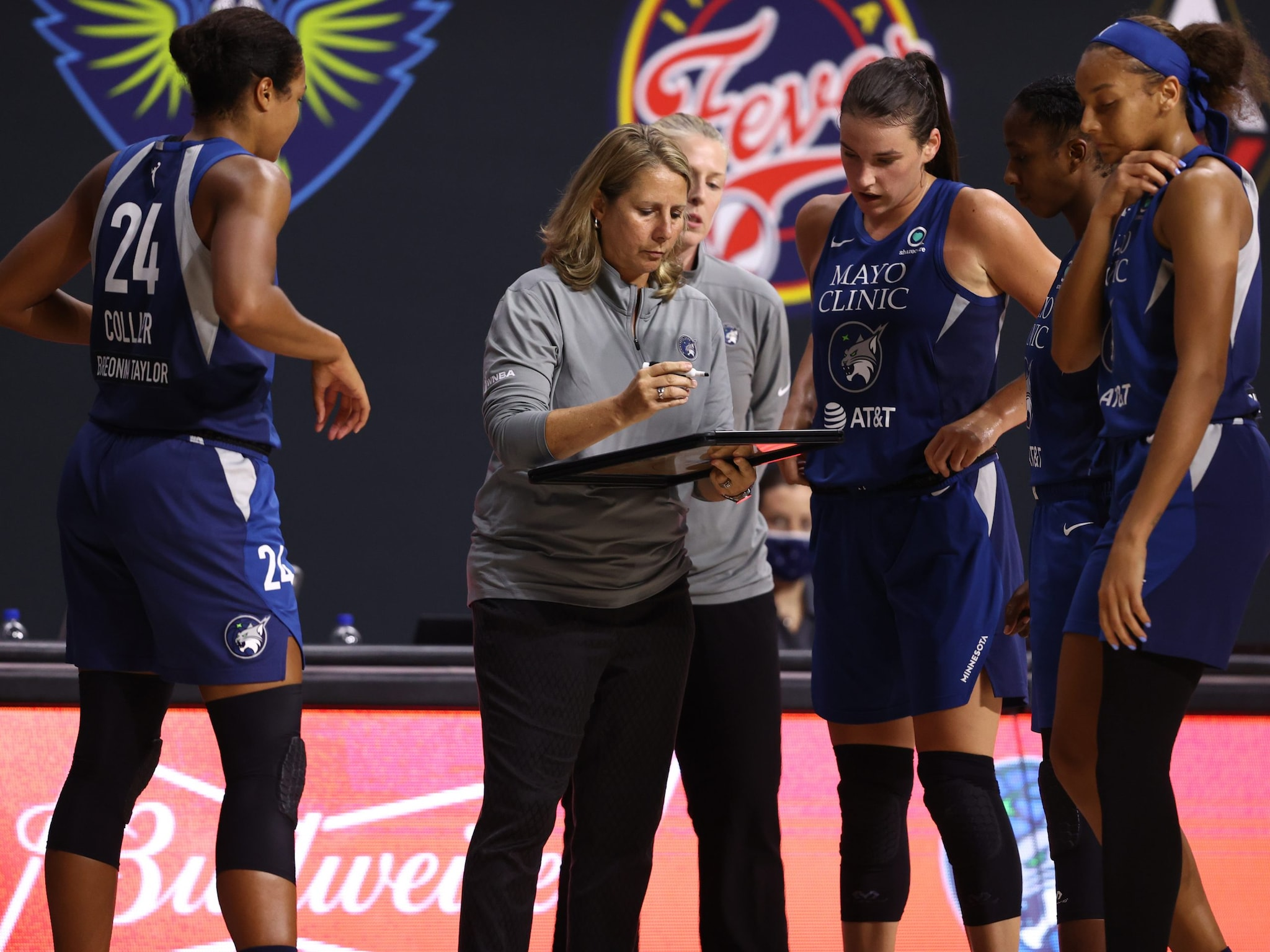 Crystal Dangerfield finds another gear and leads Lynx to WNBA semifinals