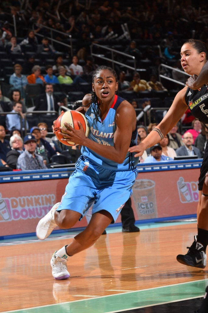 NEW YORK, NY - MAY 24: Tiffany Hayes #15 of the Atlanta Dream drives to the basket against the New York Liberty on May 24, 2016 at Madison Square Garden in New York City, New York. NOTE TO USER: User expressly acknowledges and agrees that, by downloading and or using this photograph, User is consenting to the terms and conditions of the Getty Images License Agreement. Mandatory Copyright Notice: Copyright 2016 NBAE (Photo by Jesse D. Garrabrant/NBAE via Getty Images)