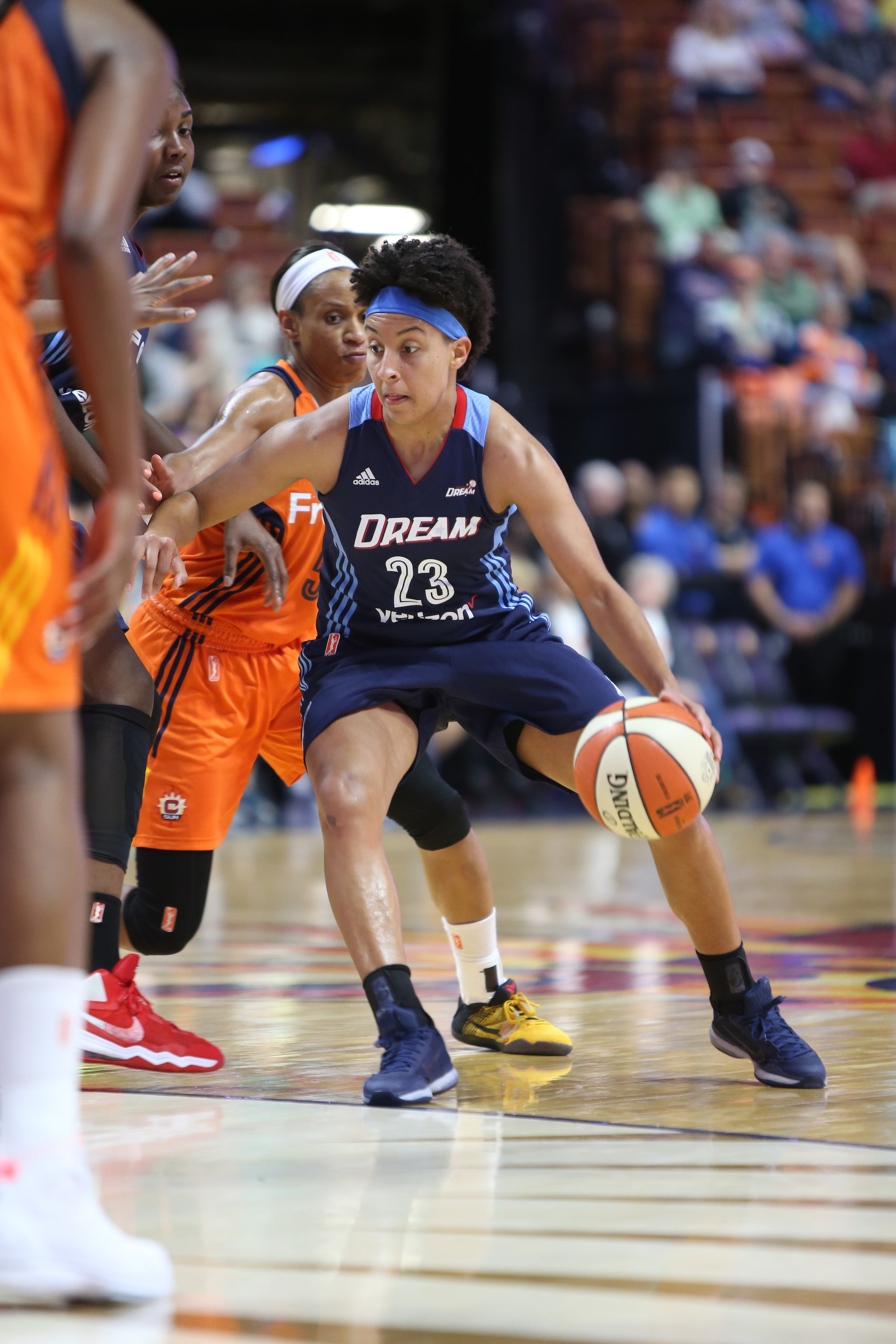 UNCASVILLE, CT - JUNE 3: Layshia Clarendon #23 of the Atlanta Dream handles the ball against the Connecticut Sun on June 3, 2016 at Mohegan Sun Arena in Uncasville, CT. NOTE TO USER: User expressly acknowledges and agrees that, by downloading and or using this Photograph, user is consenting to the terms and conditions of the Getty Images License Agreement. Mandatory Copyright Notice: Copyright 2016 NBAE (Photo by Chris Marion/NBAE via Getty Images)