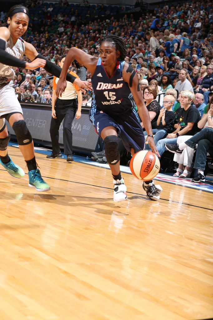 MINNEAPOLIS, MN - SEPTEMBER 17: Tiffany Hayes #15 of the Atlanta Dream dribbles the ball against the Minnesota Lynx on September 17, 2016 at Target Center in Minneapolis, Minnesota. NOTE TO USER: User expressly acknowledges and agrees that, by downloading and or using this Photograph, user is consenting to the terms and conditions of the Getty Images License Agreement. Mandatory Copyright Notice: Copyright 2016 NBAE (Photo by David Sherman/NBAE via Getty Images)
