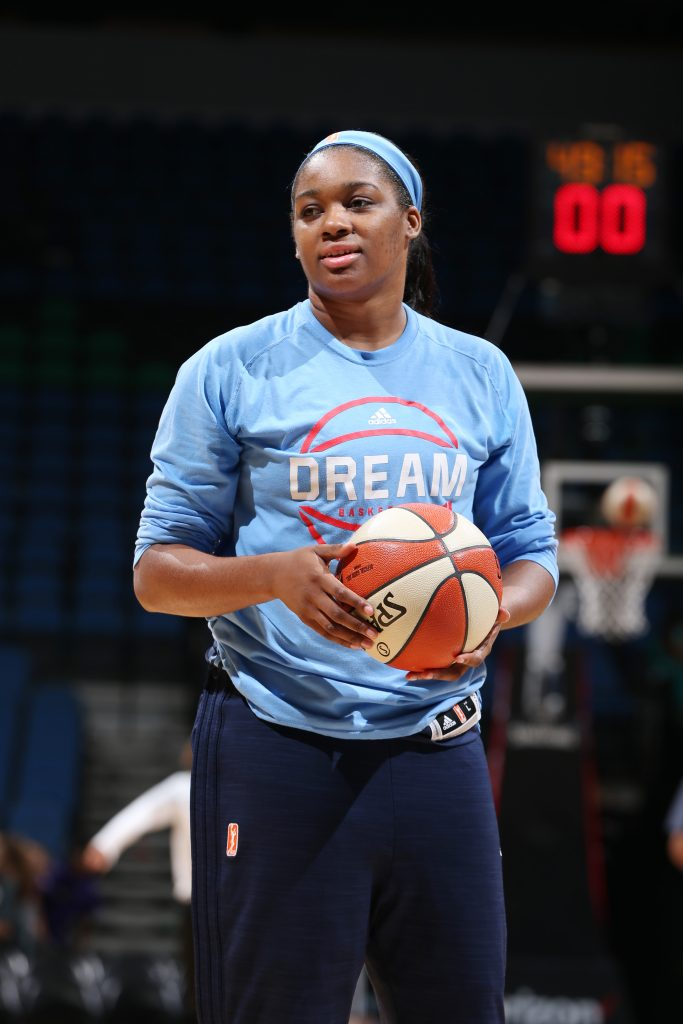 MINNEAPOLIS, MN - JULY 20: Rachel Hollivay #14 of the Atlanta Dream warms up before the game against the Minnesota Lynx on July 20, 2016 at Target Center in Minneapolis, Minnesota. NOTE TO USER: User expressly acknowledges and agrees that, by downloading and or using this Photograph, user is consenting to the terms and conditions of the Getty Images License Agreement. Mandatory Copyright Notice: Copyright 2016 NBAE (Photo by David Sherman/NBAE via Getty Images)