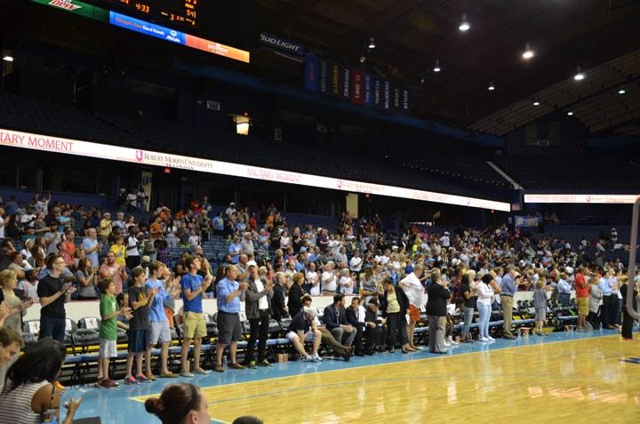 Fans (88)