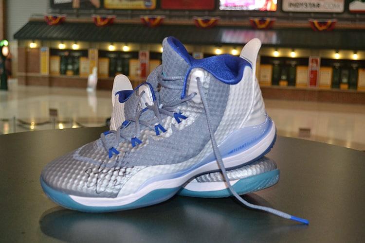 Erlana_Larkins_Autographed_Shoes