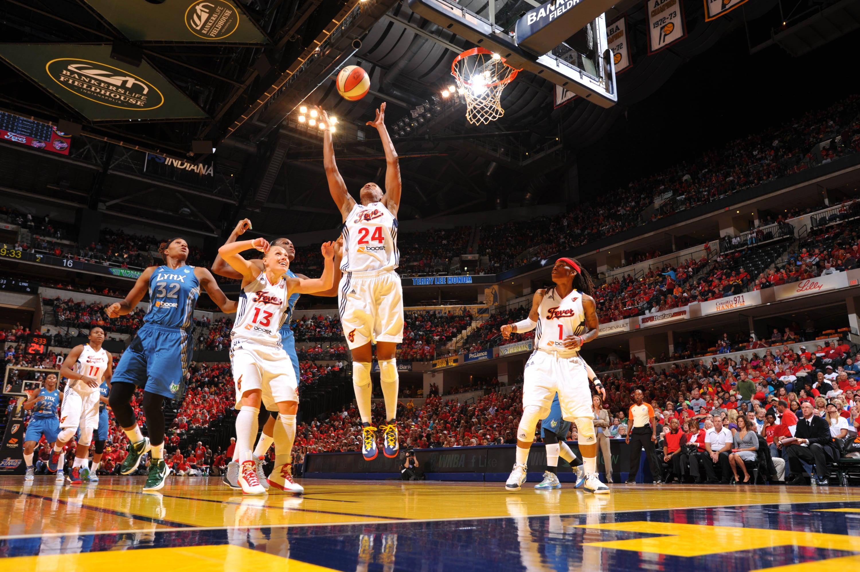 Tamika Catchings Rebound