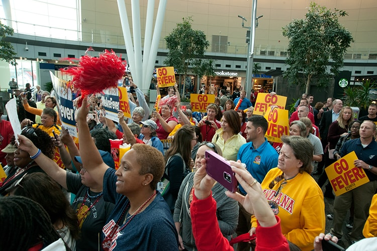 Fever Fans Rally at Indianapolis Airport