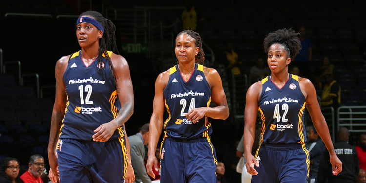 Shenise Johnson, Tamika Catchings, and Lynetta Kizer