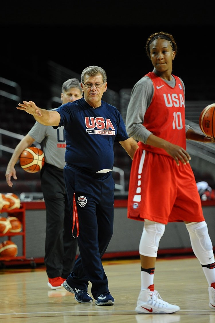 Geno Auriemma and Tamika Catchings