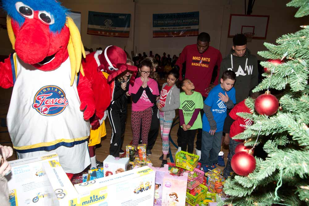 2016 Holiday Toy Giveaway: Ft. Wayne