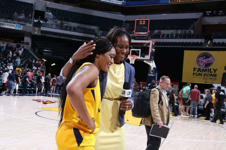 Victoria Vivians, Tamika Catchings