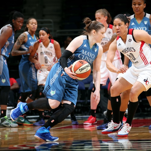 Lynx guard Lindsay Whalen led the team with 10 points and two assists in only 15 minutes of playing time.
