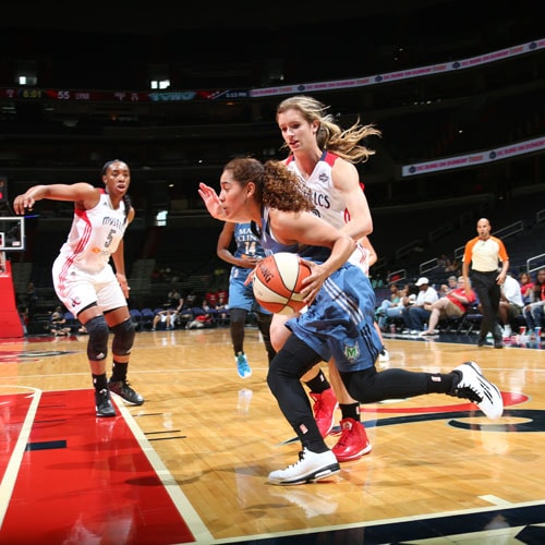 Lynx guard Jennifer O'Neill struggled to find her shot against the Mystics, shooting only 2-of-6 from the field.