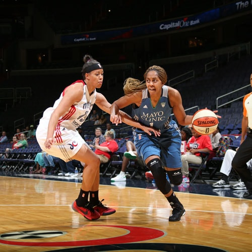 Lynx forward Shae Kelley had a rather quiet debut playing just 11 minutes, scoring two points and grabbing one rebound.