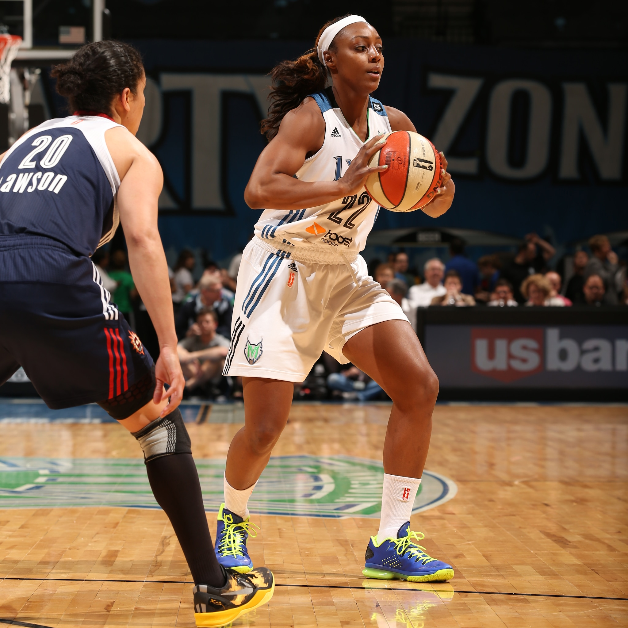 2013's Home-Opener: Lynx forward Monica Wright had a solid night off the bench scoring nine points while adding six rebounds, five assists and two steals in the win.