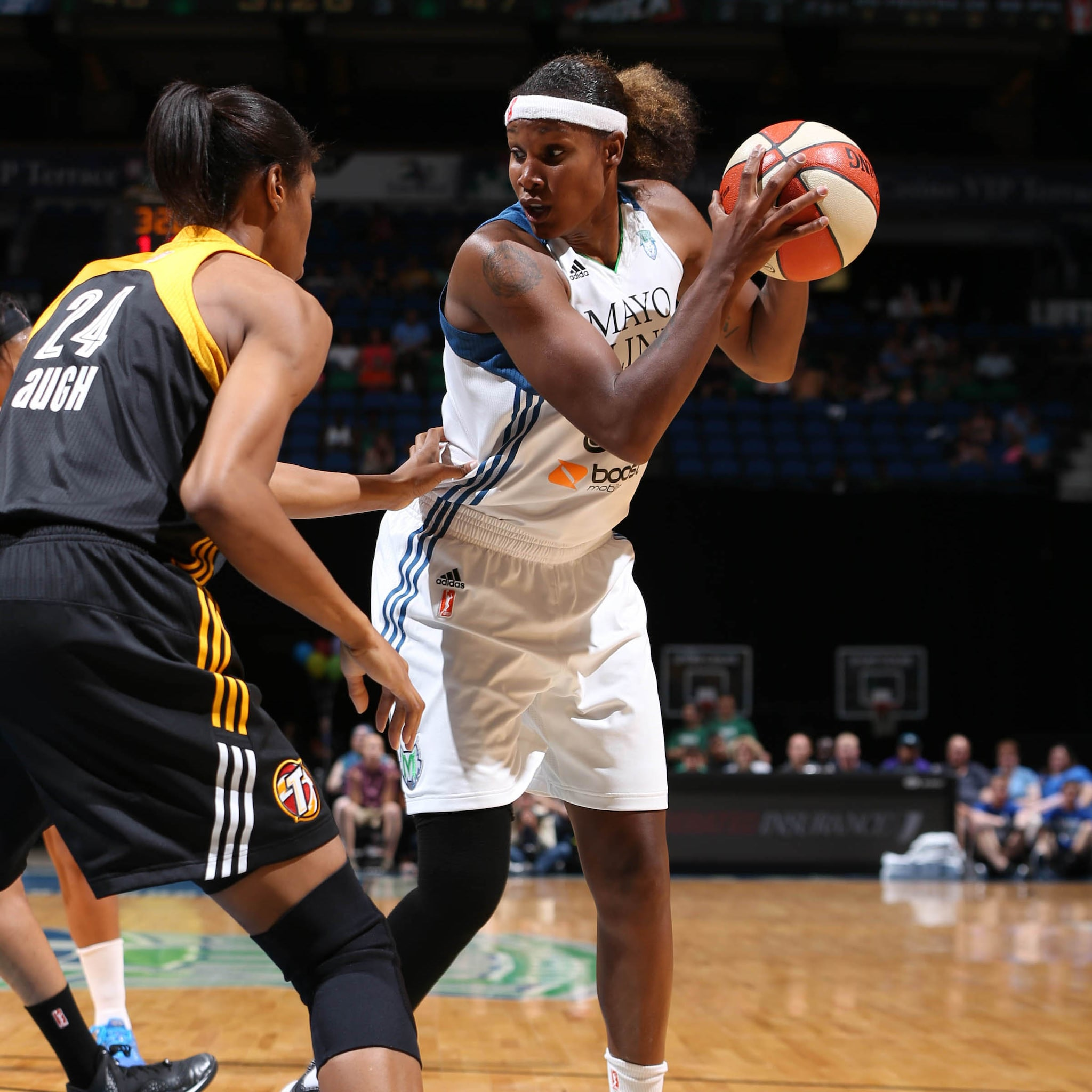 Lynx forward Rebekkah Brunson had a solid night against the Shock, scoring a team-high 18 points to go with nine rebounds.