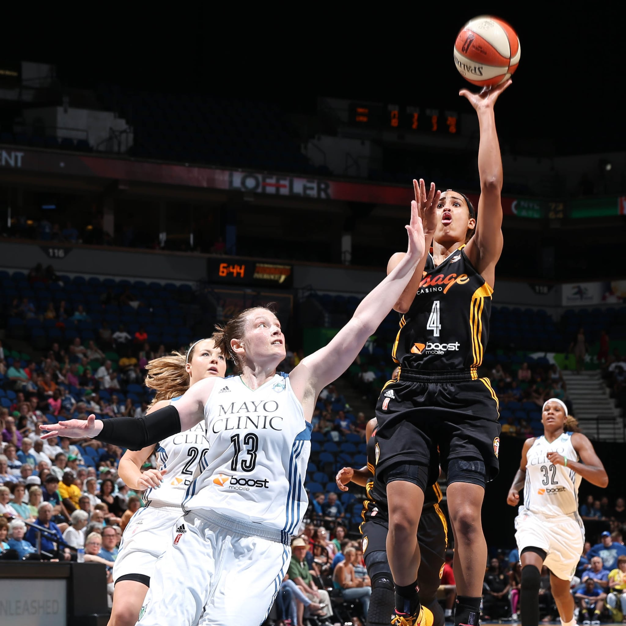 Shock guard Skylar Diggins scored 20 points in the second half to lead the Shock to victory. Diggins finished with 26 points and eight assists.