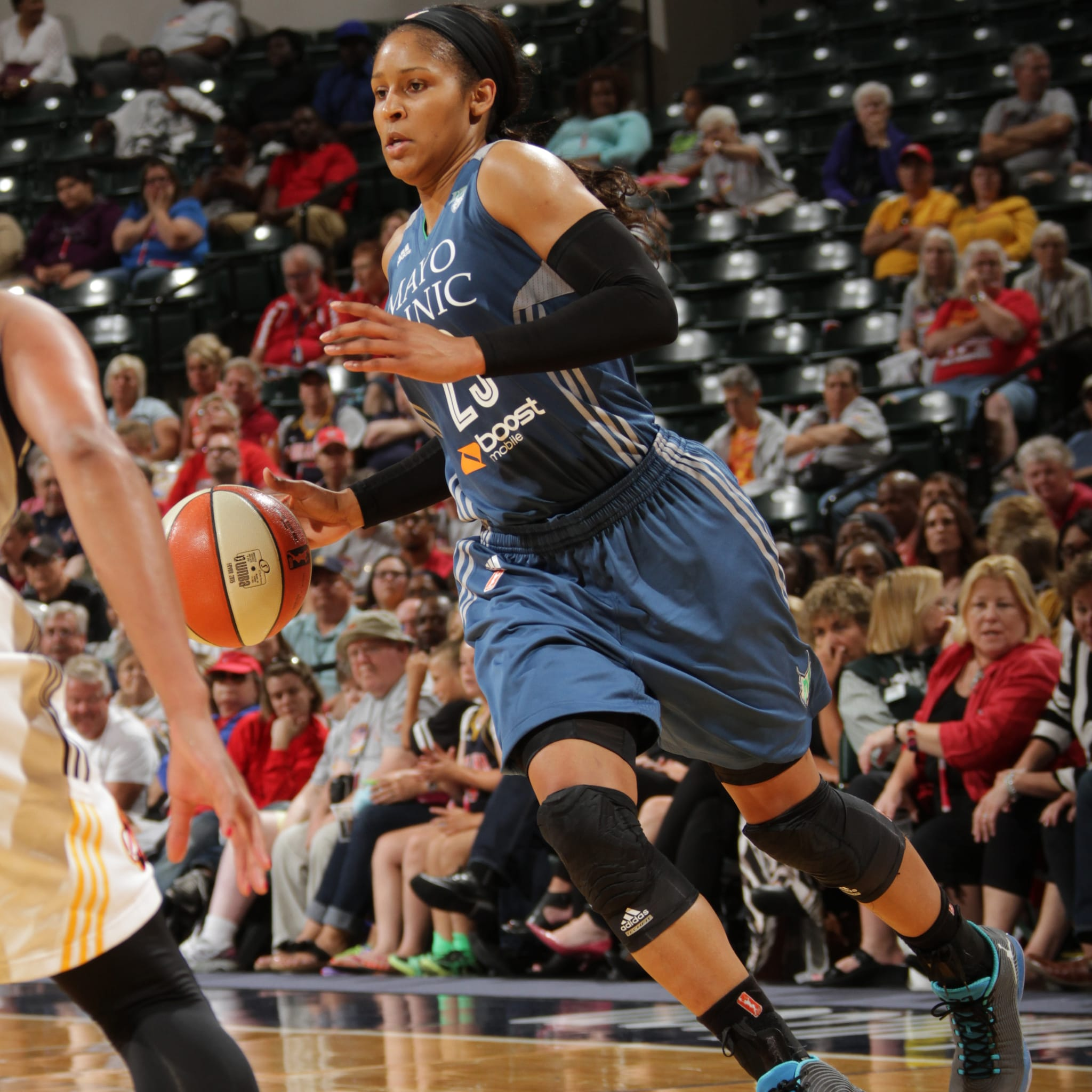 Despite shooting a fairweather 4-of-12 (33 percent) from the field, Lynx forward Maya Moore still scored 16 points on the night.