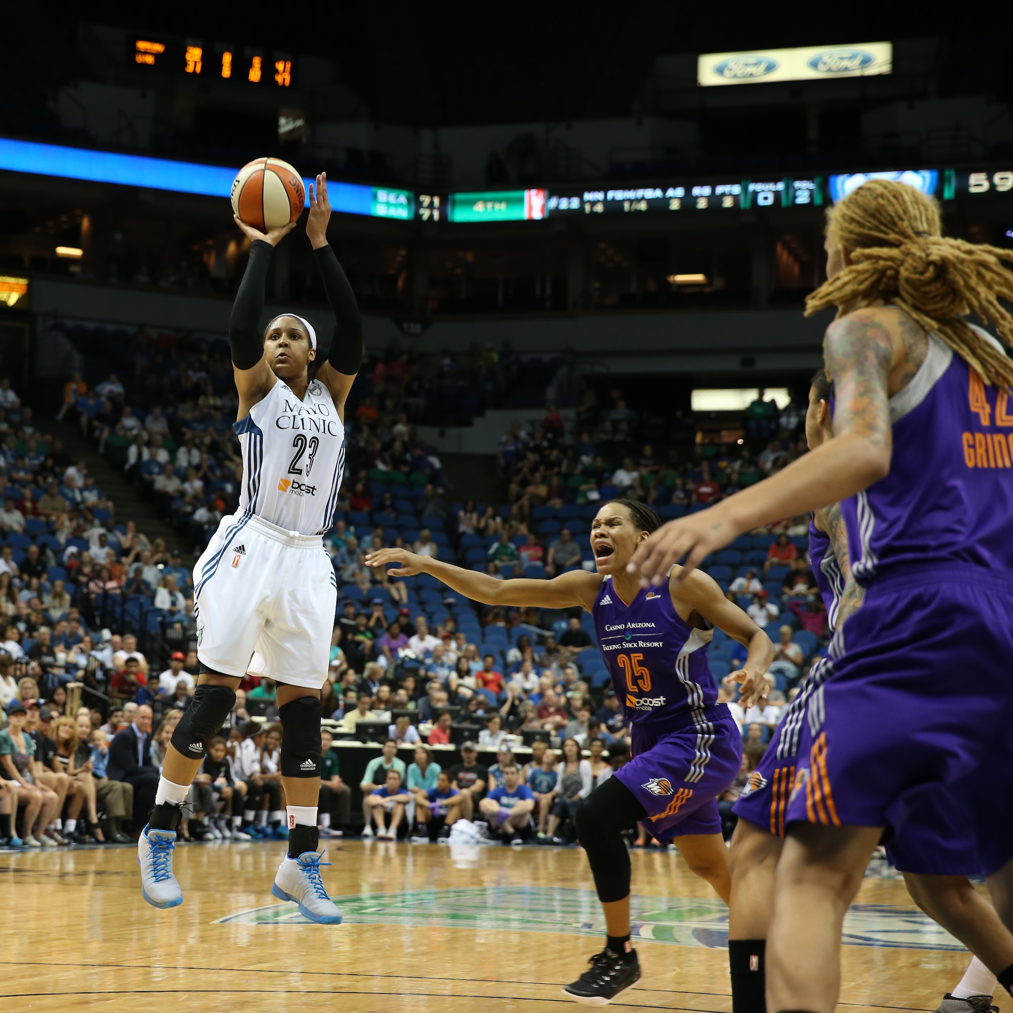 Lynx forward Maya Moore proved once again why she's the reigning WNBA MVP, scoring 21 points to go with five rebounds, six assists, and five steals.