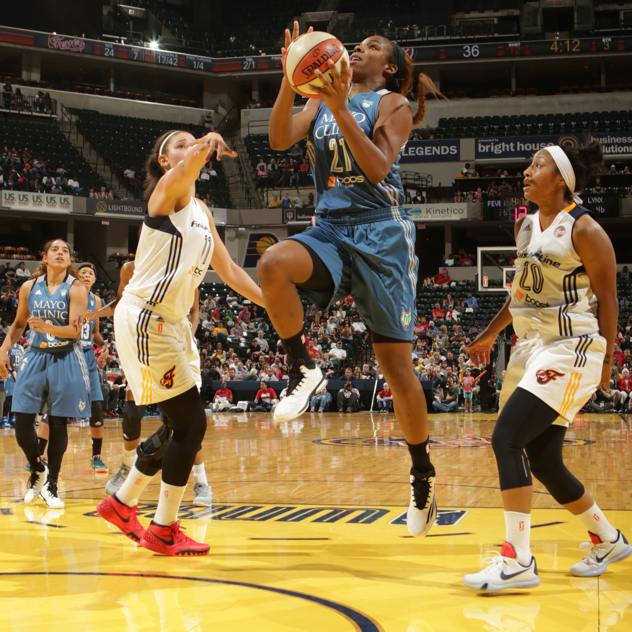 Lynx guard Reshanda Gray made her WNBA regular season debut on Saturday night and scored just two points while grabbing three rebounds and one steal in 10 minutes off the bench.