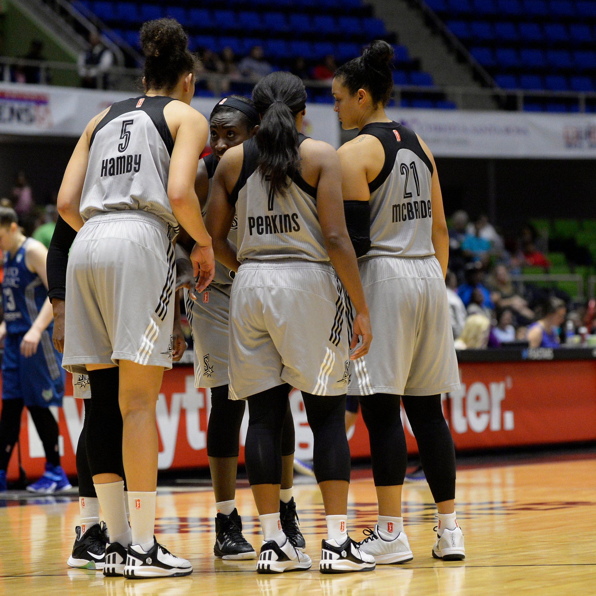 The San Antonio Stars struggled to get anything going against the Minnesota Lynx last Friday night, falling to the Lynx 74-59.