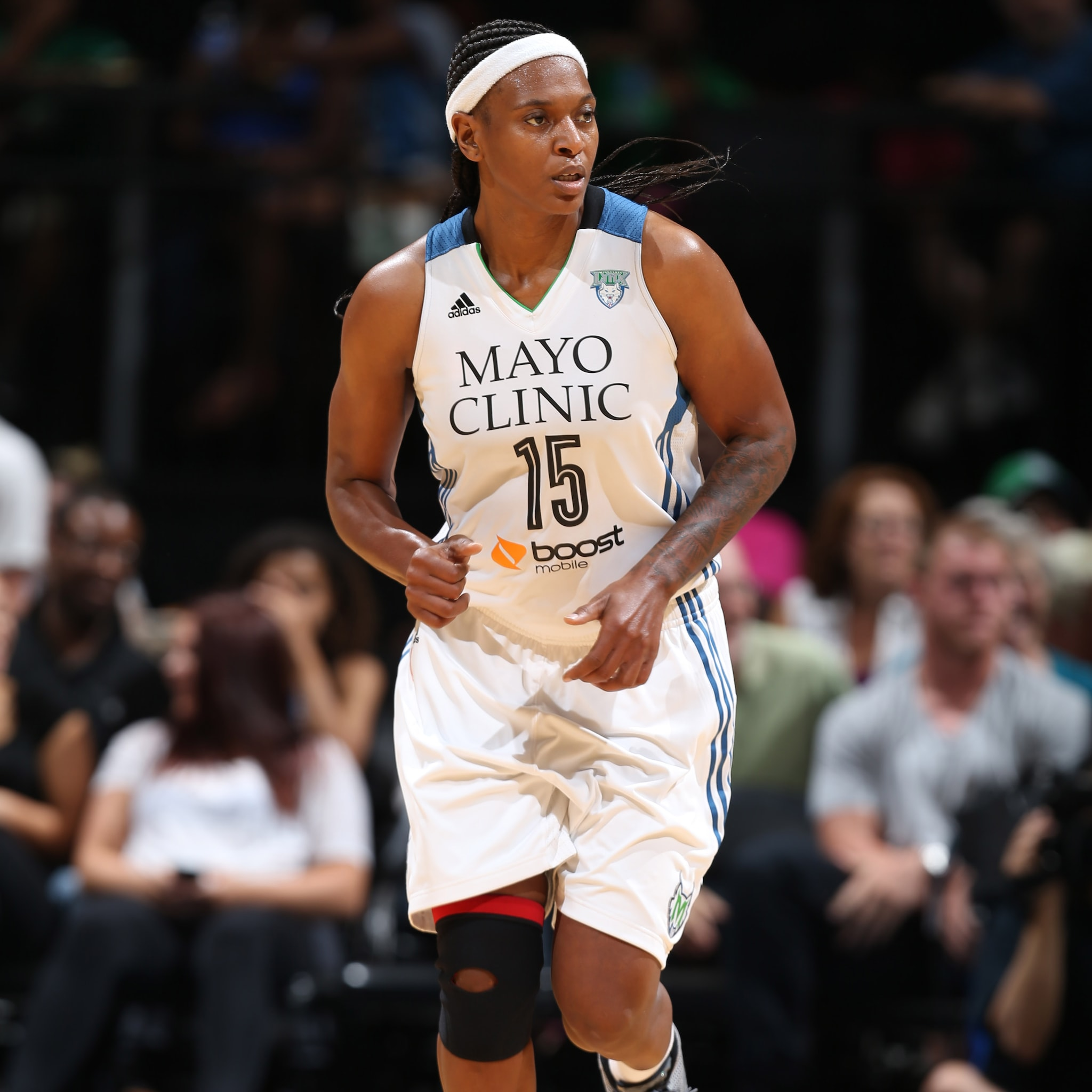 Lynx center Asjha Jones had her best game as a member of the Lynx, finishing with 12 points and 10 rebounds.