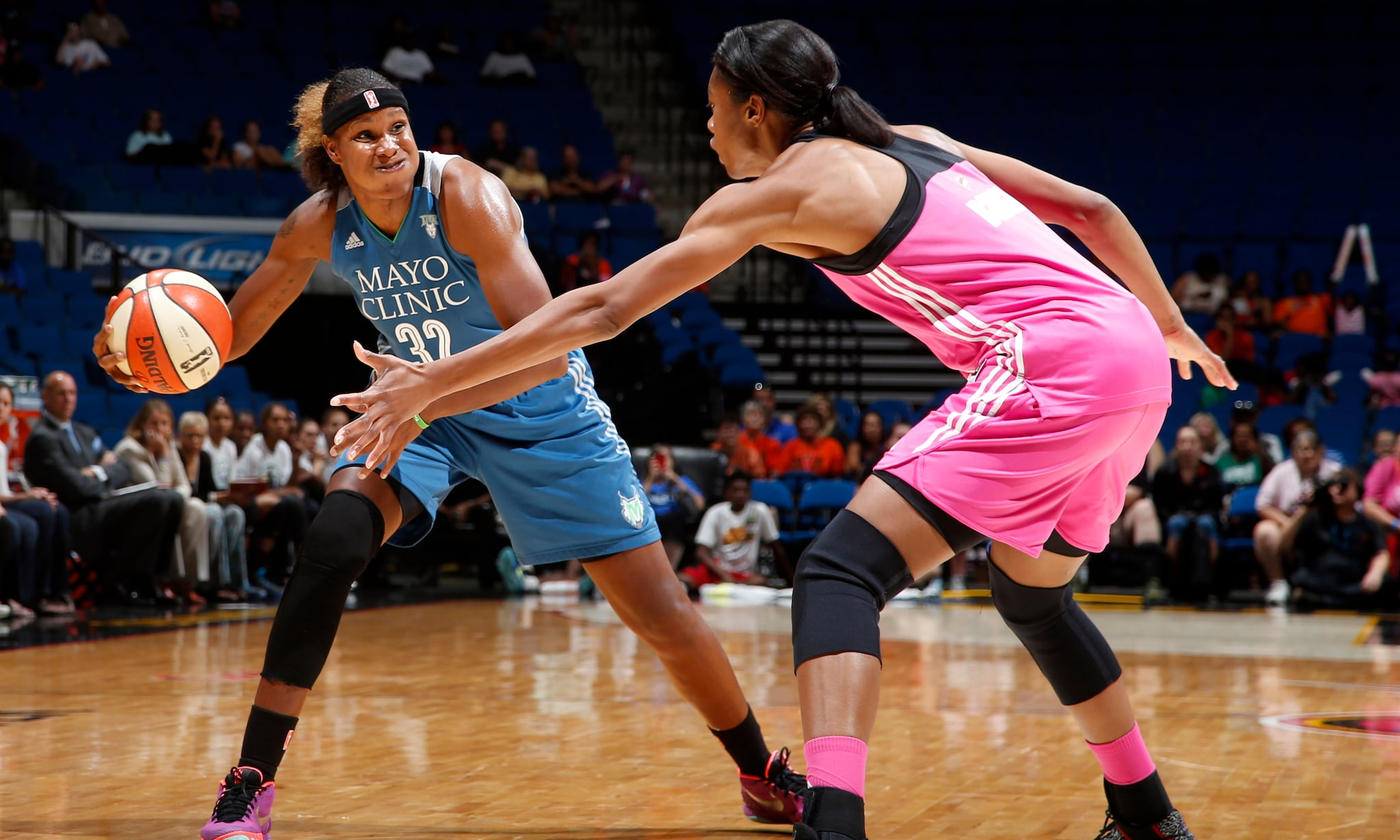 Lynx forward Rebekkah Brunson had another stellar game defensively and chipped in eight points and 12 rebounds in Minnesota's third=straight victory.