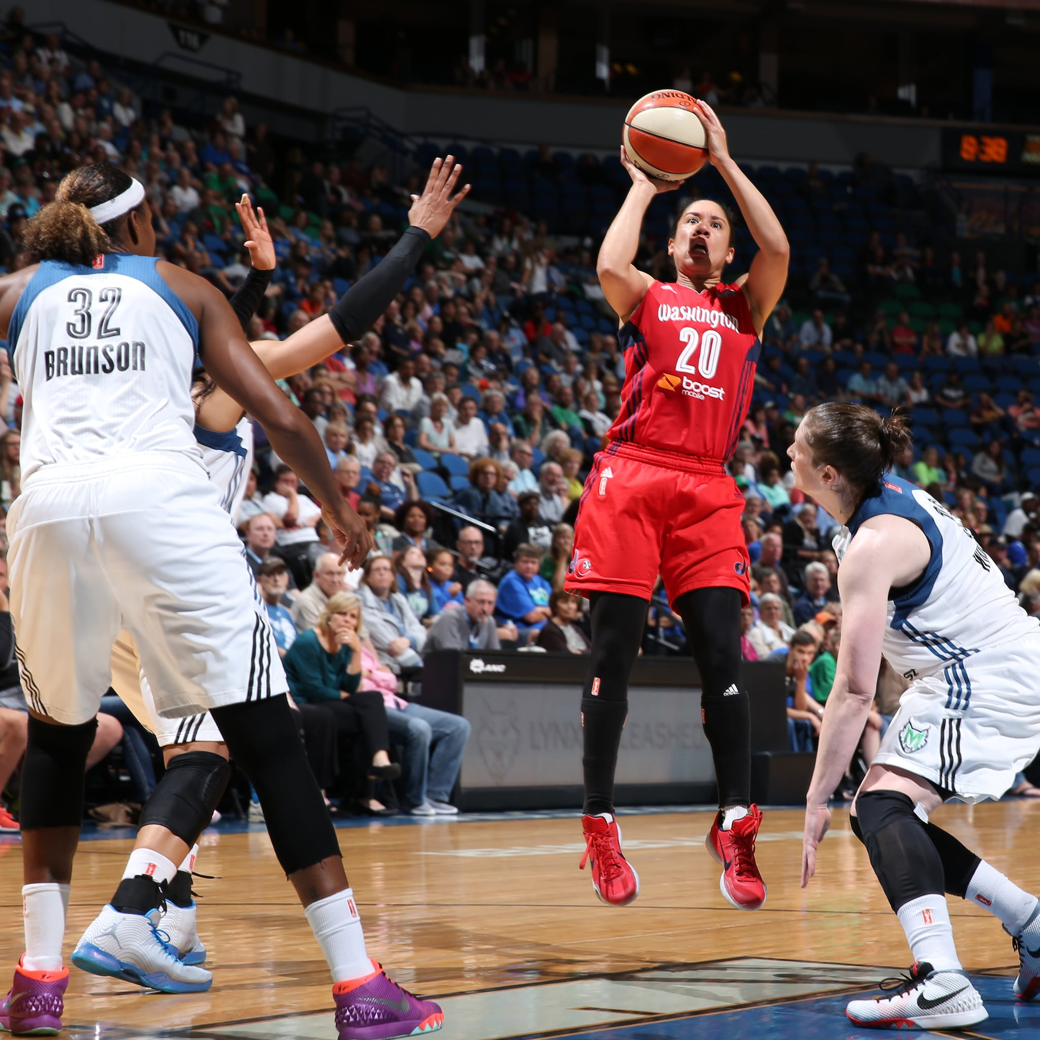 Mystics guard Kara Lawson was making seemingly every shot she put up, pouring in a game-high 20 points to go with her three rebounds and three assists.