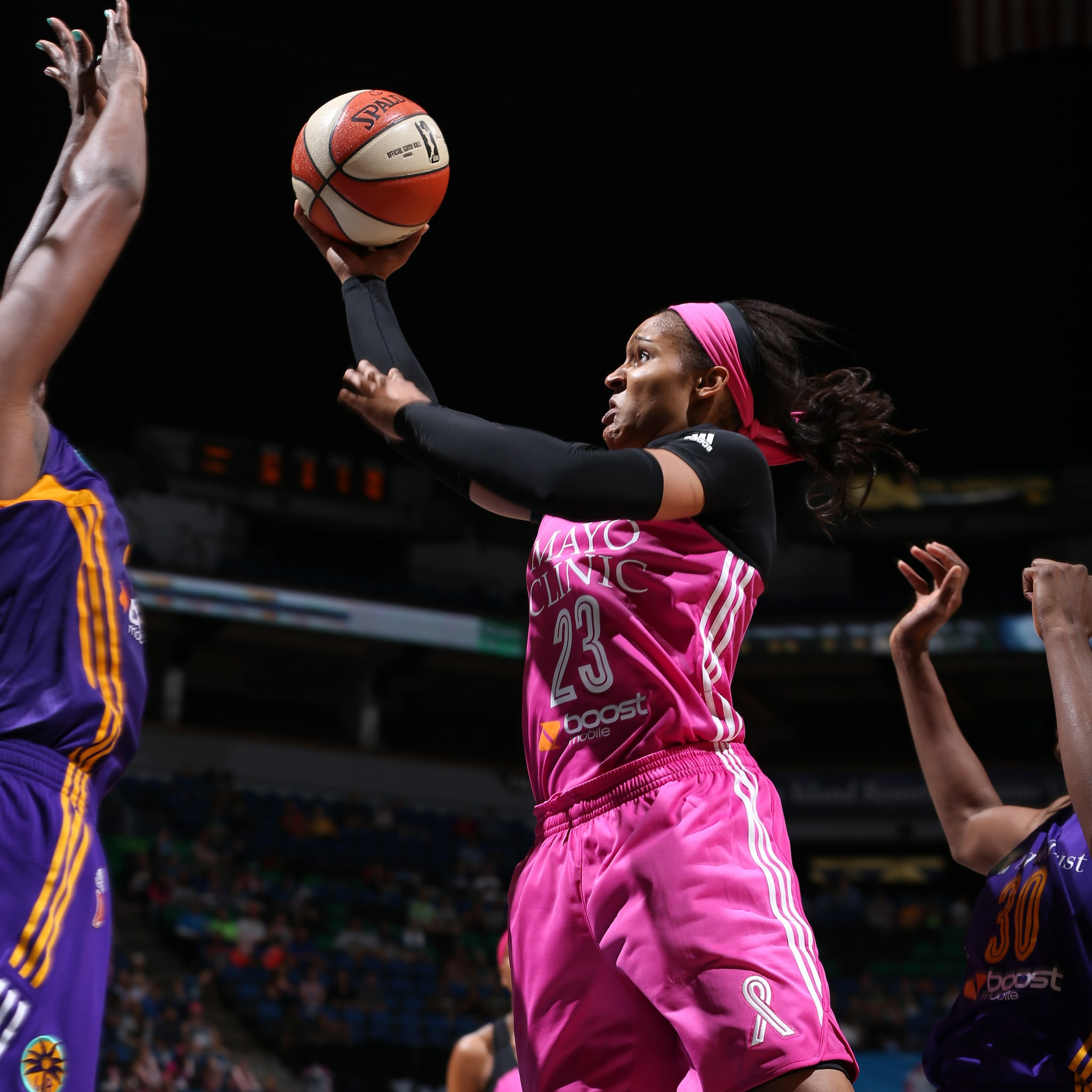 Lynx forward Maya Moore is back to her 20 point ways, scoring 20 points tonight against Los Angeles. Moore also added five rebounds, two assists and two steals.
