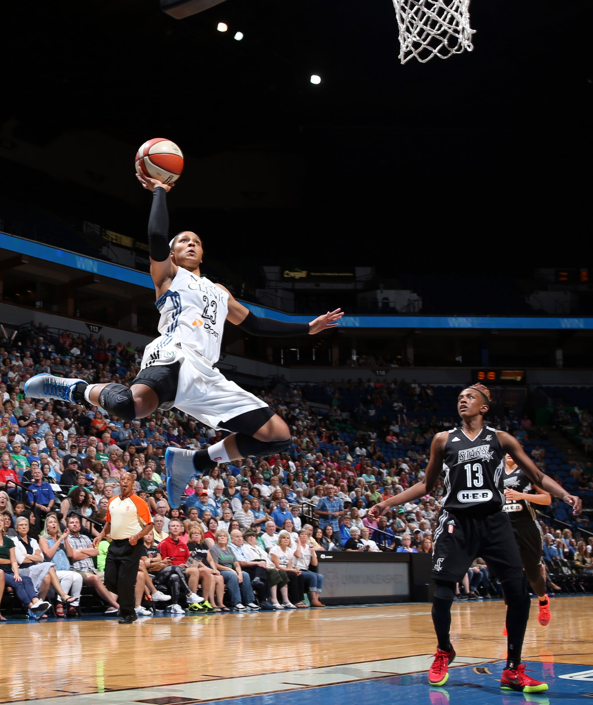 It is only right to lead-off with a truly spectacular picture. Lynx forward Maya Moore dropped home the alley-oop after a great setup from guard Lindsay Whalen. Moore finished with 32 points, nine rebounds, four assists and three steals to lead her team to a win and a playoff berth.
