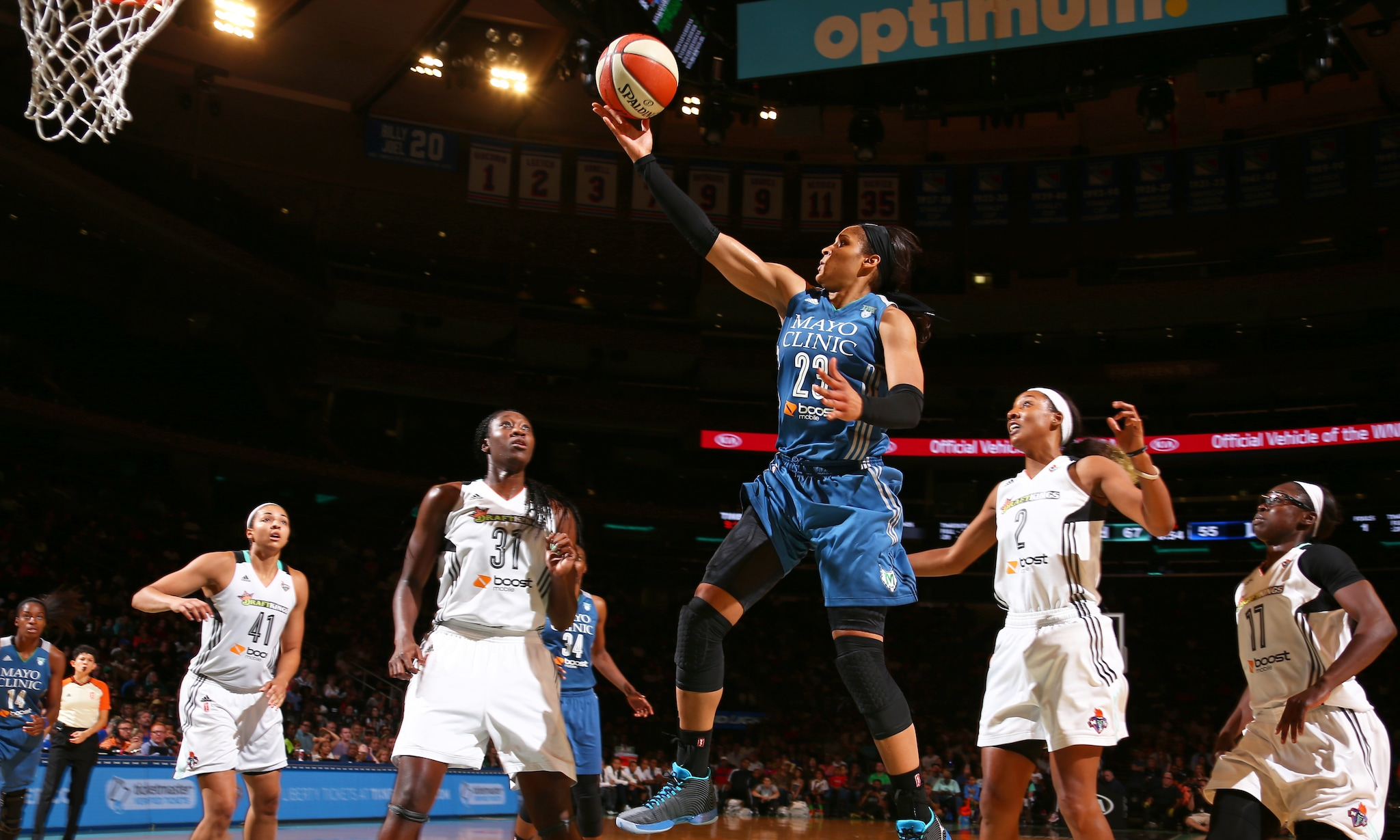 Lynx forward Maya Moore led all scorers on Friday night, pouring in 25 points on 8-of-20 (40 percent) shooting. Moore added nine rebounds, three assists and a steal to round out her stat sheet.