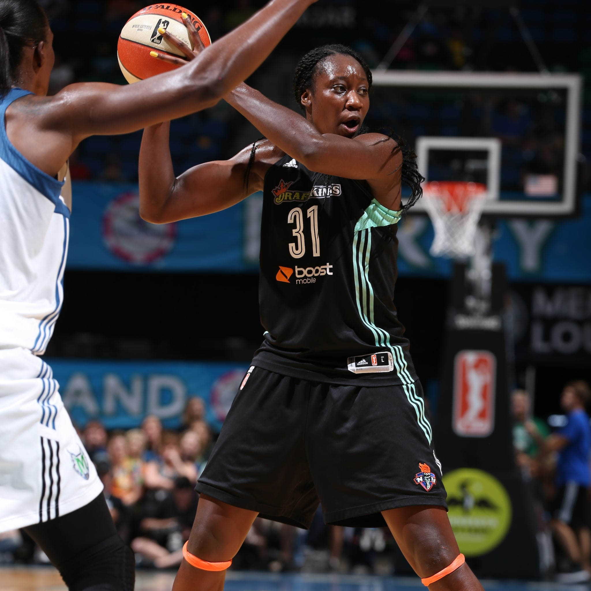 Entering the contest as the league's fourth-leading scorer, Tina Charles flexed her scoring muscle against Minnesota, finishing with 18 points, 14 rebounds, two steals and three blocked shots.