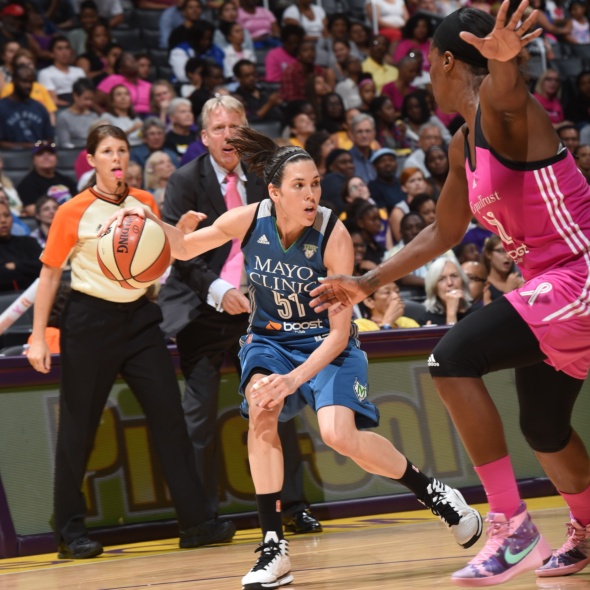 Lynx guard Anna Cruz had a solid all-around game in Los Angeles, finishing with nine points, three rebounds, four assists, two steals and one blocked shot despite the loss.