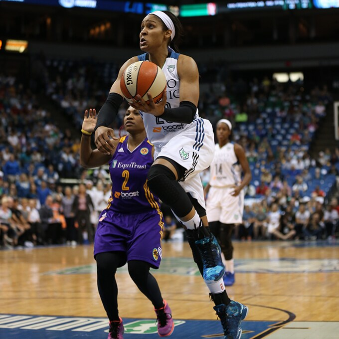 MINNEAPOLIS, MN - SEPTEMBER 22:  Maya Moore #23 of the Minnesota Lynx drives to the basket against the Los Angeles Sparks during Game 3 of the 2015 WNBA Western Conference Semifinal on September 22, 2015 at Target Center in Minneapolis, Minnesota.  NOTE TO USER: User expressly acknowledges and agrees that, by downloading and or using this Photograph, user is consenting to the terms and conditions of the Getty Images License Agreement. Mandatory Copyright Notice: Copyright 2015 NBAE (Photo by Jordan Johnson/NBAE via Getty Images)