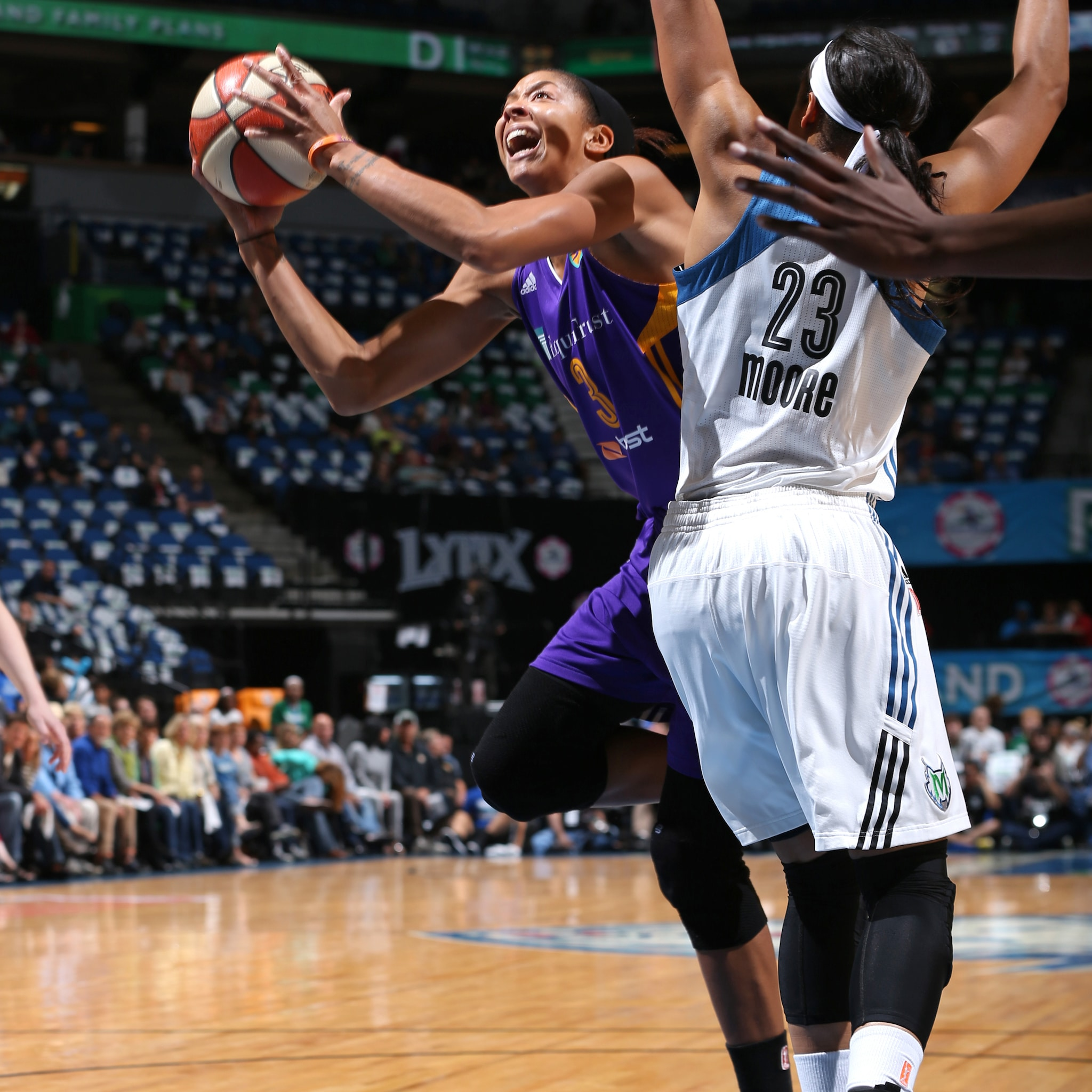 MINNEAPOLIS, MN - SEPTEMBER 18:  Candace Parker #3 of the Los Angeles Sparks drives to the basket against the Minnesota Lynx during Game 1 of the 2015 WNBA Western Conference Semifinal on September 18, 2015 at Target Center in Minneapolis, Minnesota.  NOTE TO USER: User expressly acknowledges and agrees that, by downloading and or using this Photograph, user is consenting to the terms and conditions of the Getty Images License Agreement. Mandatory Copyright Notice: Copyright 2015 NBAE (Photo by David Sherman/NBAE via Getty Images)