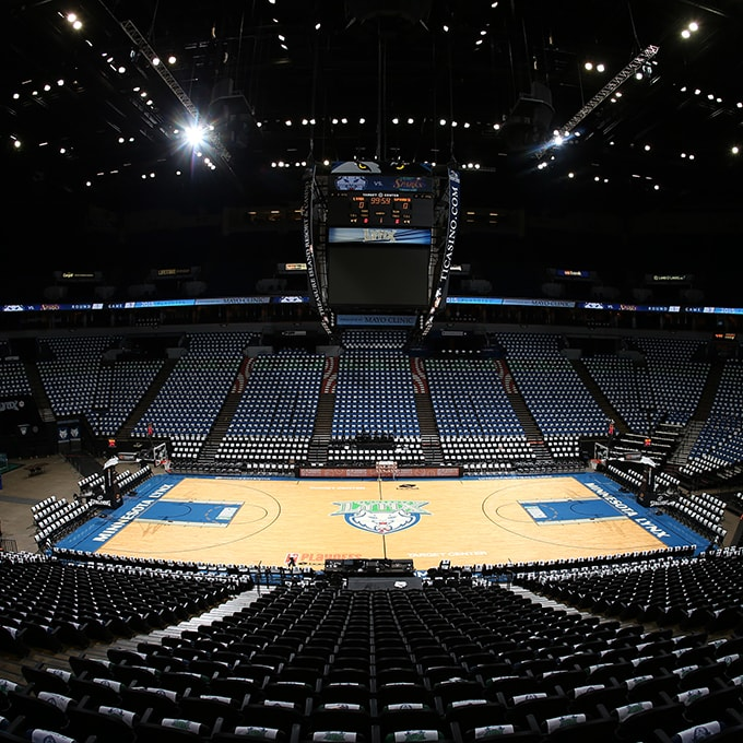 MINNEAPOLIS, MN - SEPTEMBER 22:  An overall of Target Center prior to the game between the Minnesota Lynx and Los Angeles Sparks in Game 3 of the 2015 WNBA Western Conference Semifinal on September 22, 2015 at Target Center in Minneapolis, Minnesota.  NOTE TO USER: User expressly acknowledges and agrees that, by downloading and or using this Photograph, user is consenting to the terms and conditions of the Getty Images License Agreement. Mandatory Copyright Notice: Copyright 2015 NBAE (Photo by David Sherman/NBAE via Getty Images)