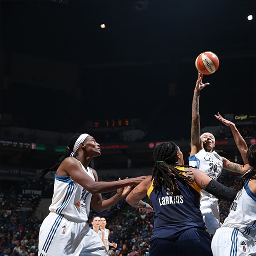 MINNEAPOLIS, MN - OCTOBER 6:   Seimone Augustus #33 of the Minnesota Lynx shoots the ball against the Indiana Fever during Game Two of the 2015 WNBA Finals on October 6, 2015 at Target Center in Minneapolis, Minnesota.  NOTE TO USER: User expressly acknowledges and agrees that, by downloading and or using this Photograph, user is consenting to the terms and conditions of the Getty Images License Agreement. Mandatory Copyright Notice: Copyright 2015 NBAE (Photo by David Sherman/NBAE via Getty Images)