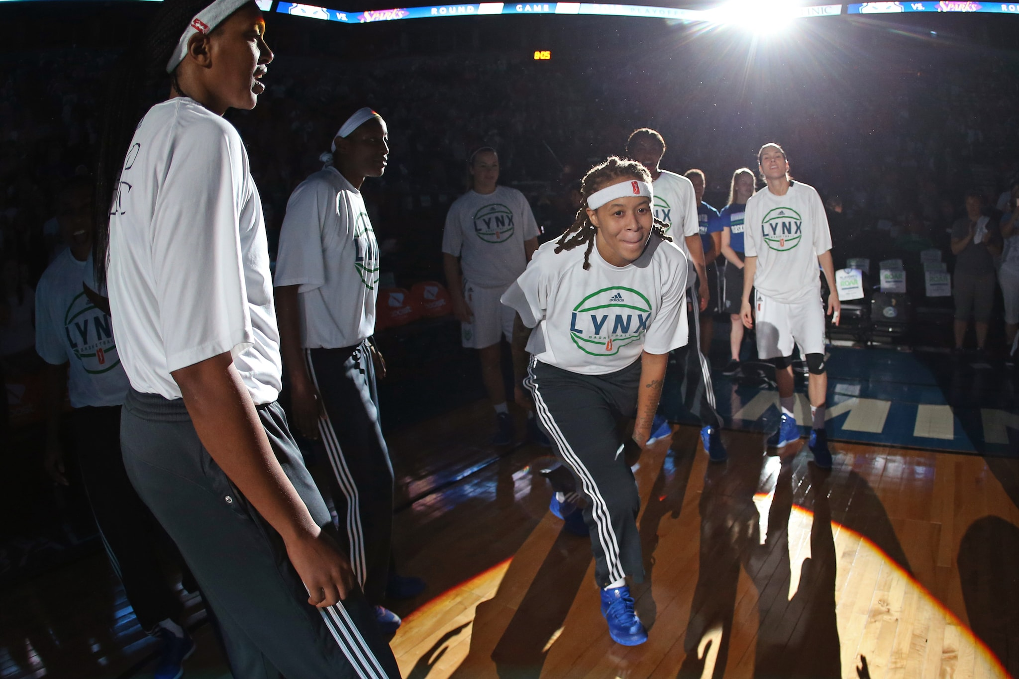 MINNEAPOLIS, MN - SEPTEMBER 22:  Seimone Augustus #33 of the Minnesota Lynx runs out before Game Three of the WNBA Western Conference Semifinal against the Los Angeles Sparks on September 22, 2015 at Target Center in Minneapolis, Minnesota. NOTE TO USER: User expressly acknowledges and agrees that, by downloading and or using this Photograph, user is consenting to the terms and conditions of the Getty Images License Agreement. Mandatory Copyright Notice: Copyright 2015 NBAE (Photo by David Sherman/NBAE via Getty Images)