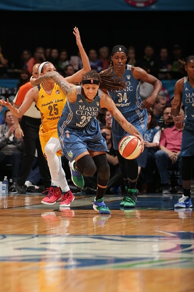 MINNEAPOLIS, MN - MAY 27:  Seimone Augustus #33 of the Minnesota Lynx dribbles the ball against the Indiana Fever on May 27, 2016 at Target Center in Minneapolis, Minnesota. NOTE TO USER: User expressly acknowledges and agrees that, by downloading and or using this Photograph, user is consenting to the terms and conditions of the Getty Images License Agreement. Mandatory Copyright Notice: Copyright 2016 NBAE (Photo by Jordan Johnson/NBAE via Getty Images)