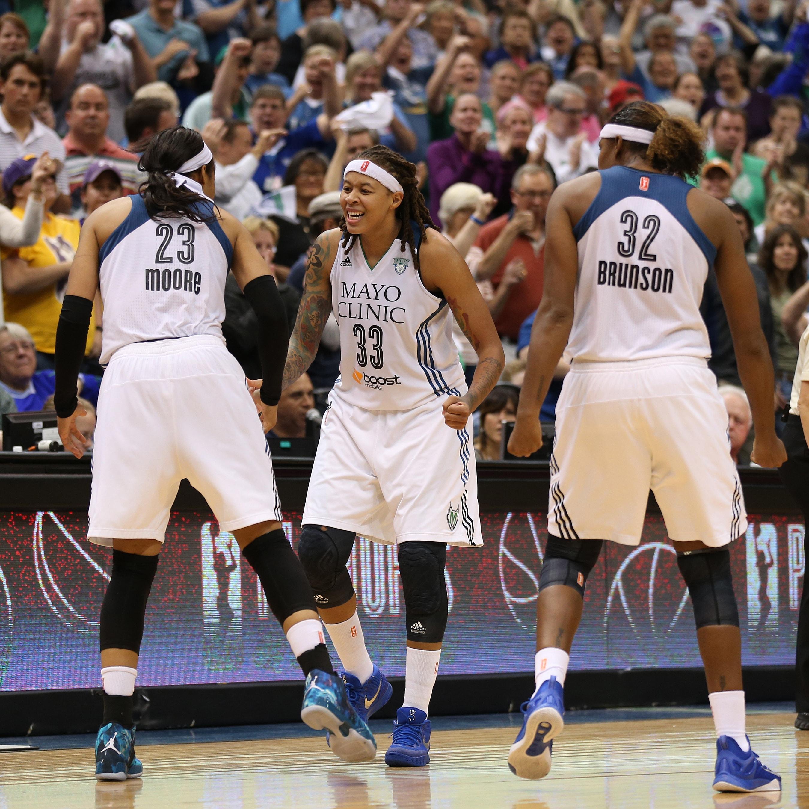 Los Angeles Sparks v Minnesota Lynx 2015 WNBA Western Conference Semifinal Game 3