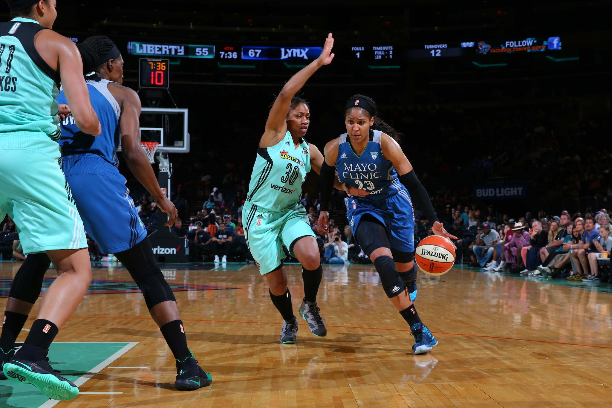 NEW YORK, NY - MAY 31: Maya Moore #23 of the Minnesota Lynx drives to the basket against the New York Liberty during the game on May 31, 2016 at Madison Square Garden in New York, New York. NOTE TO USER: User expressly acknowledges and agrees that, by downloading and or using this Photograph, user is consenting to the terms and conditions of the Getty Images License Agreement. Mandatory Copyright Notice: Copyright 2016 NBAE (Photo by Mike Stobe/NBAE via Getty Images)