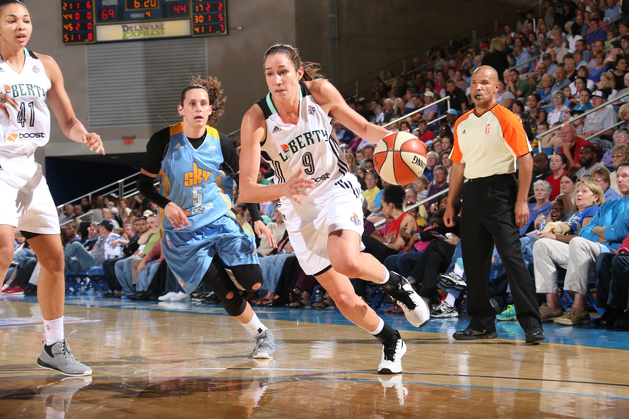 Rebecca Allen #9 of the New York Liberty handles the ball against the Chicago Sky at the Bob Carpenter Center in Newark, DE on May 22, 2015.