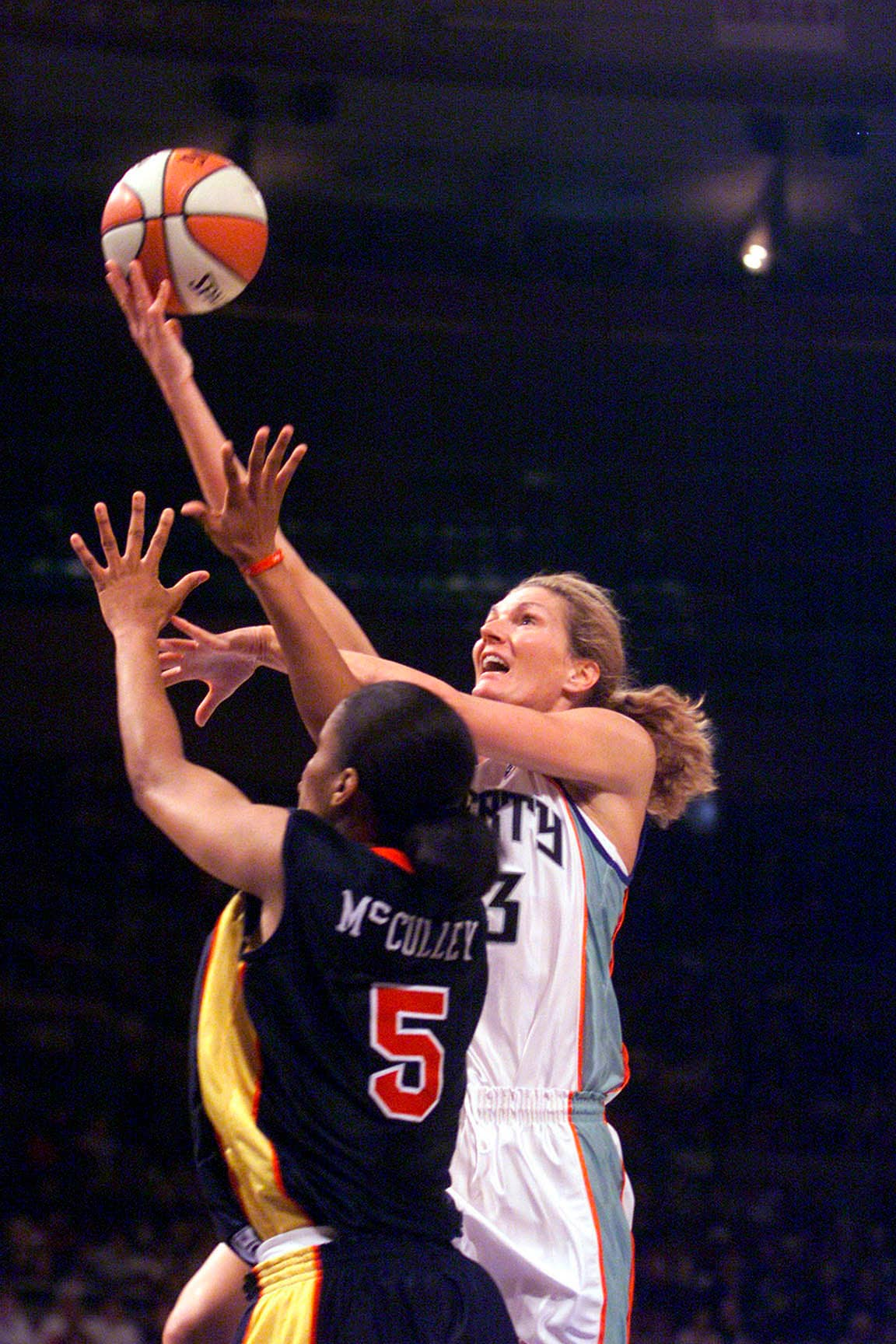 06/02/01 NY Liberty v.  Madison Square Garden Liberty's Sue Wicks