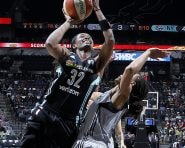 SAN ANTONIO, TX - JUNE 11: Swin Cash #32 of the New York Liberty goes for the layup during the game against the San Antonio Stars on June 11, 2016 at the AT&T Center in San Antonio, Texas. NOTE TO USER: User expressly acknowledges and agrees that, by downloading and or using this photograph, user is consenting to the terms and conditions of the Getty Images License Agreement. Mandatory Copyright Notice: Copyright 2016 NBAE (Photos by Chris Covatta/NBAE via Getty Images)
