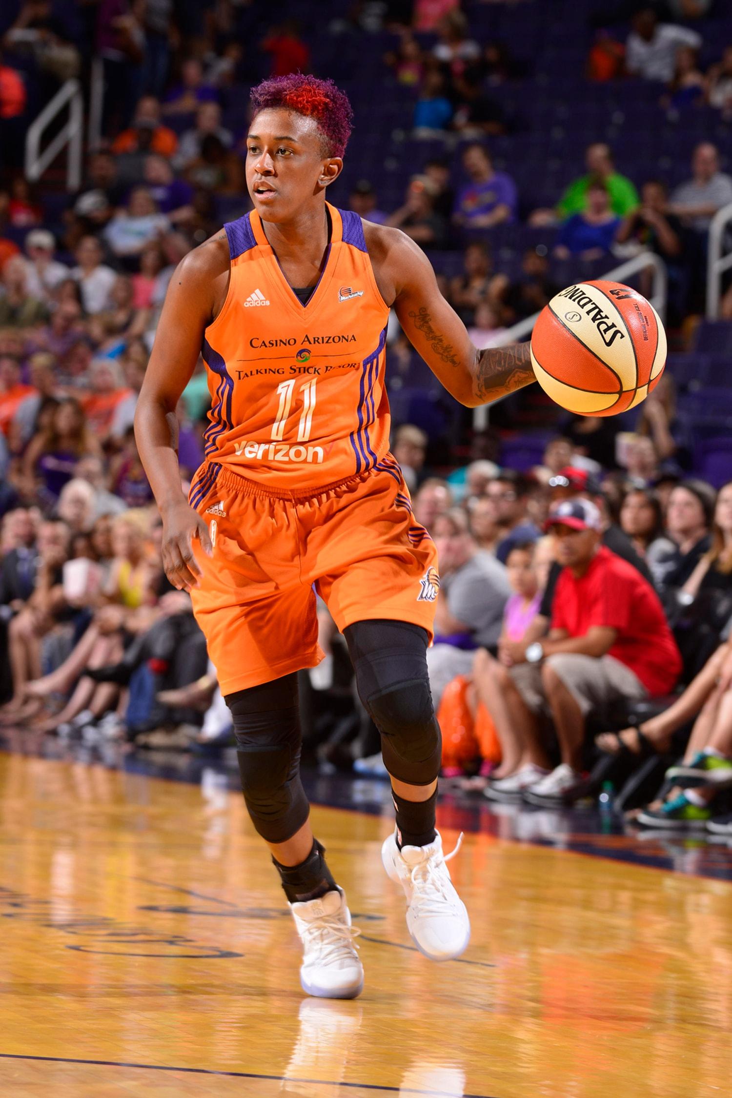 Danielle Robinson dribbles upcourt as San Antonio Stars v Phoenix Mercury