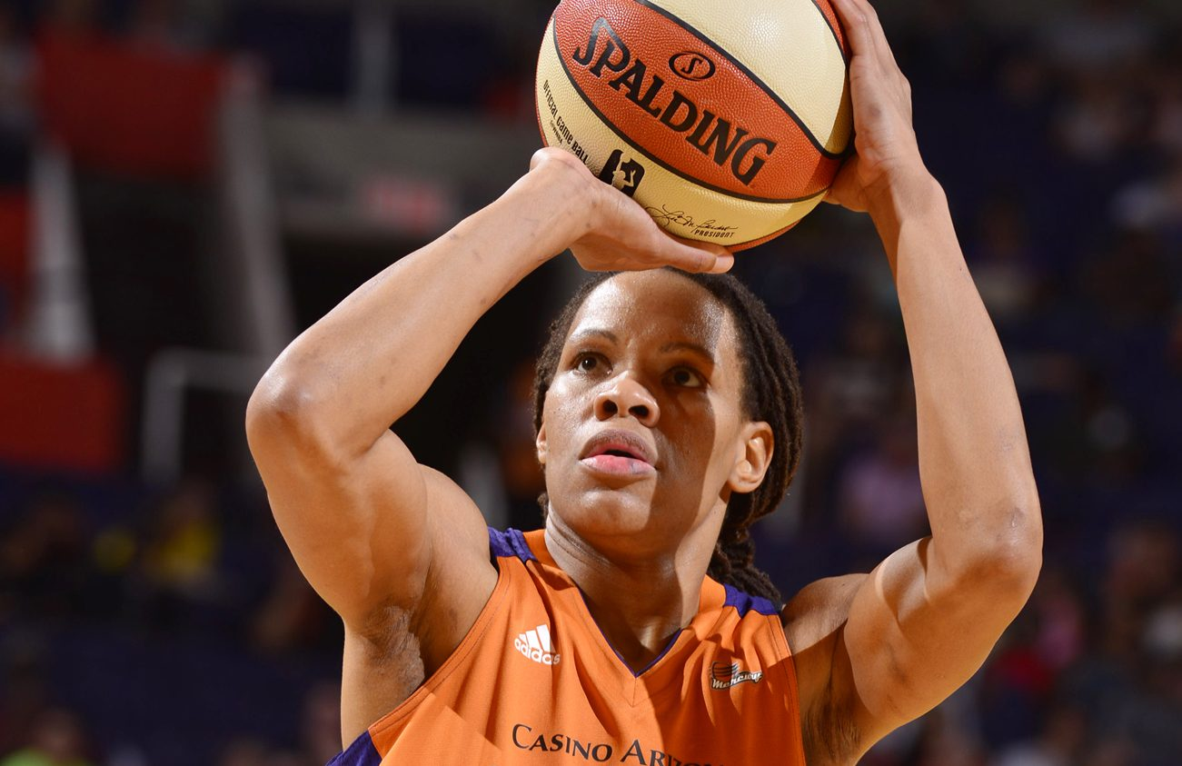 Free Throw for Currie as San Antonio Stars v Phoenix Mercury