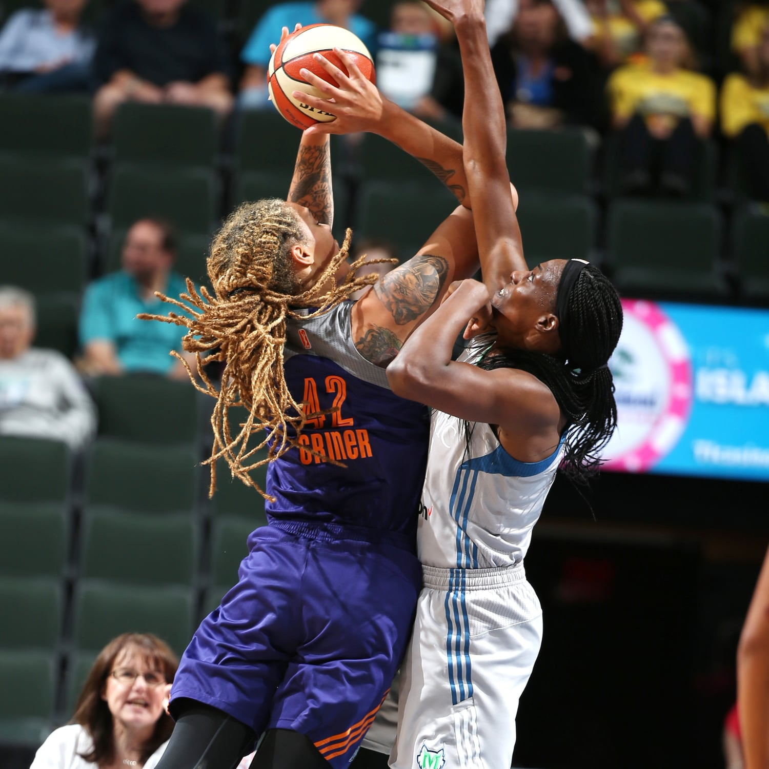 Brittney Griner takes it into the paint