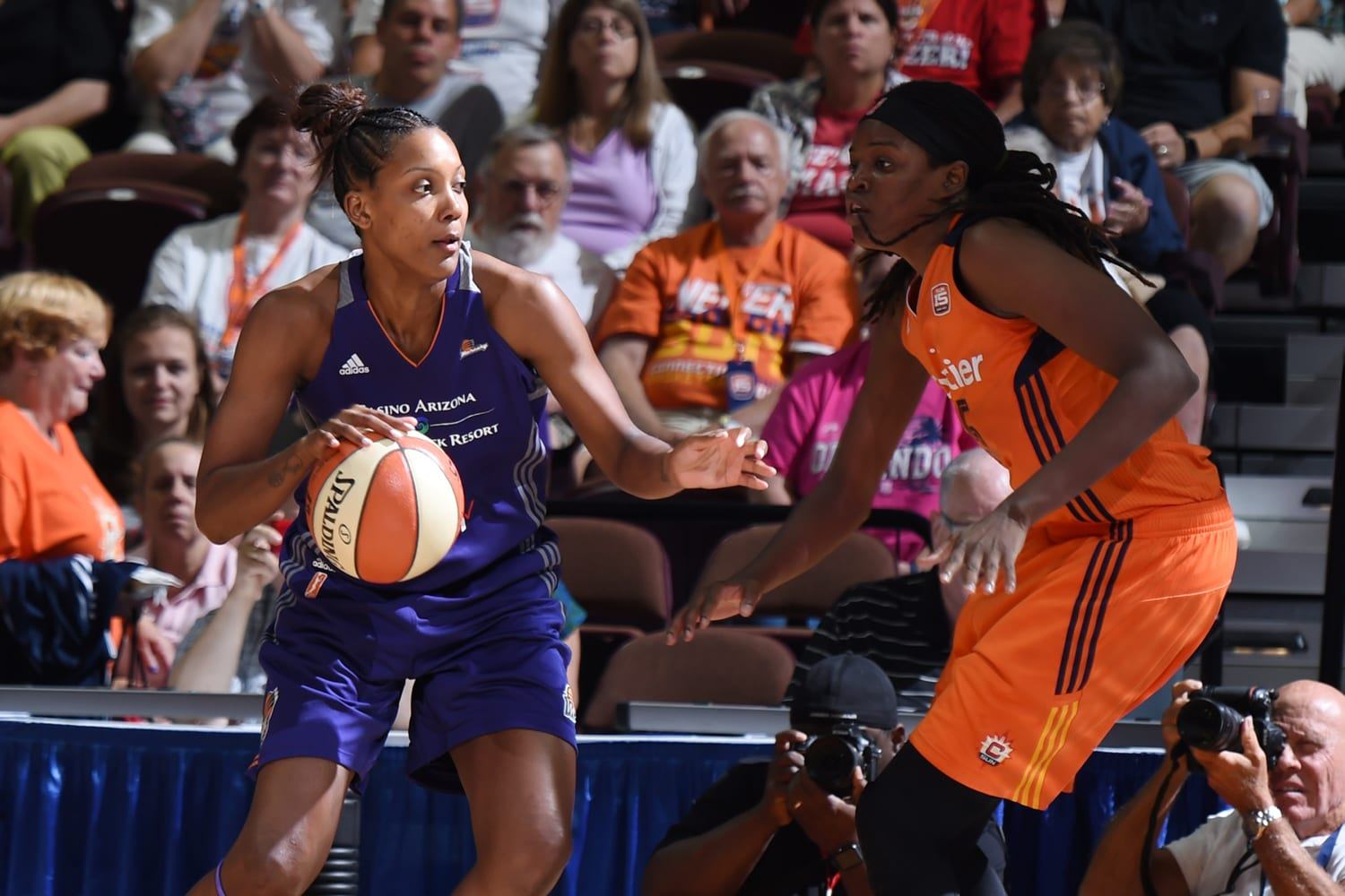 Angel Robinson dribbles during Phoenix Mercury v Connecticut Sun